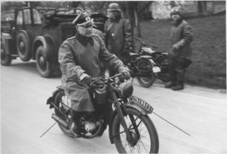 Imagine atasata: DKW-RT125-WW2a.jpg