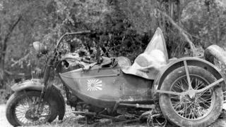 Imagine atasata: japanese-type-97-motorcycle-destroyed-on-saipan-near-tanapag-9th-july-1944-620x350.jpg