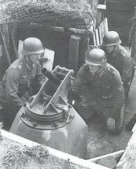 Imagine atasata: 5 cm Festungsgranatwerfer 210 3.JPG