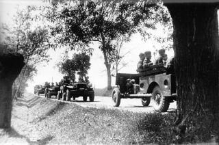 Imagine atasata: Dodge WC52 & ZIS-3 cal. 76,2 mm, Brigada 1 Cehoslovaca, Frontul 1 Ucrainean, 1944, 001.jpg