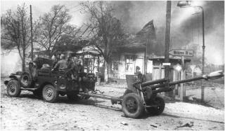 Imagine atasata: Dodge WC52 & ZIS-3, Germania, 1945, 001.jpg