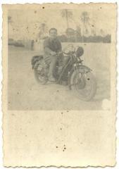 Imagine atasata: moto guzzi ale serviciul postal.jpg