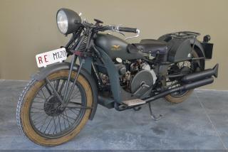 Imagine atasata: motoguzziGT17-1937-002.JPG