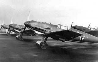 Imagine atasata: Messerschmitt-Bf-109E3-factory-fresh-Germany-04.jpg