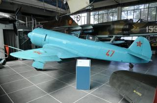 Imagine atasata: Yak-11_47.jpg