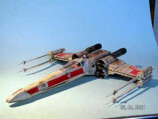 Imagine atasata: X_Wing_Fighter.jpg