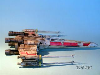 Imagine atasata: X_Wing_Fighter__4_.jpg
