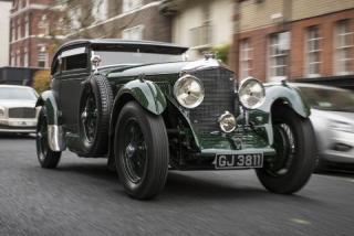 Imagine atasata: Bentley-Blue-Train-1-medium.jpg