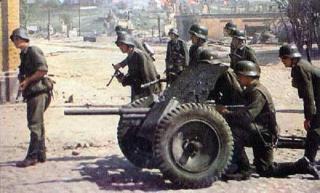 Imagine atasata: 37mm_anti_tank_gun.jpg