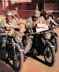 Imagine atasata: motociclisti_dezorientati.jpg