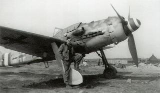 Imagine atasata: fw190d9-stab-jg4-michalski-frankfurt-1945.jpg