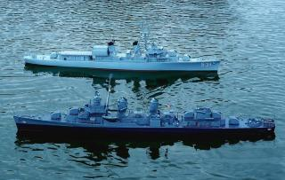 Imagine atasata: USS Hazelwood si USS Kimberley.jpg
