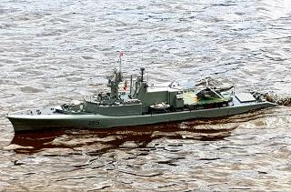 Imagine atasata: 265 HMCS  Annapolis (3).jpg